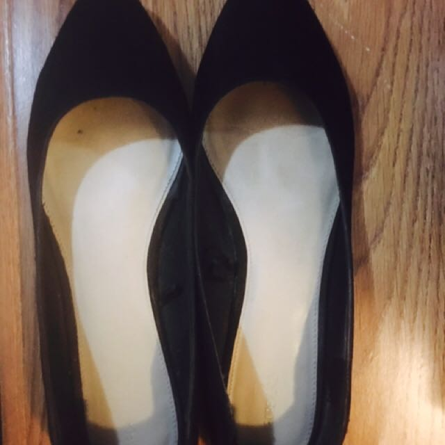 Black Suede Shoes Size 41 From Forever 21