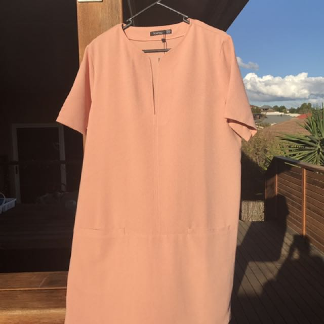 Boohoo Shift Dress In Peach