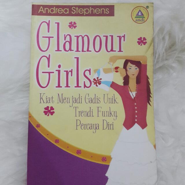 Buku Wanita Glamour Girls