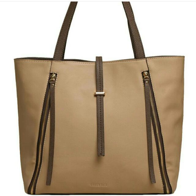 Charlote Tote From Silvertote