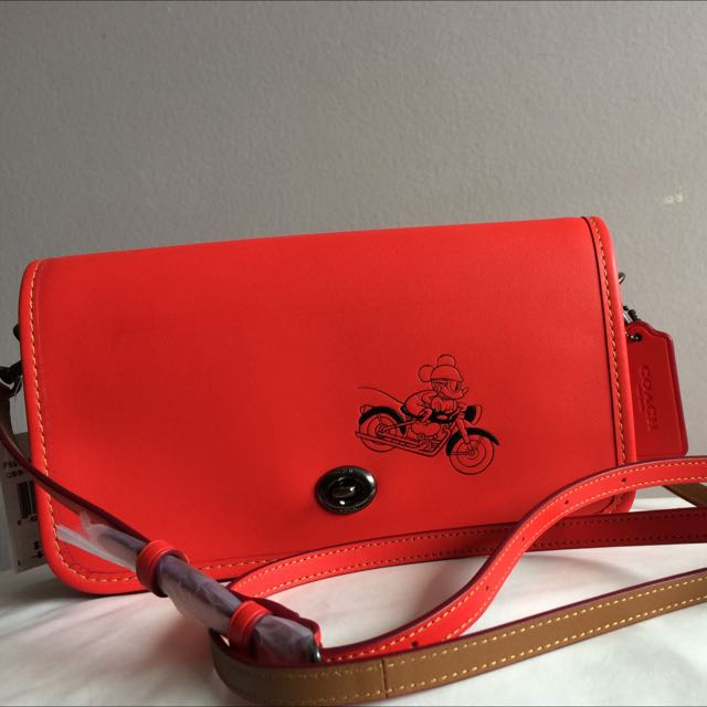 Coach - Mickey Mouse (Exclusive Collection)