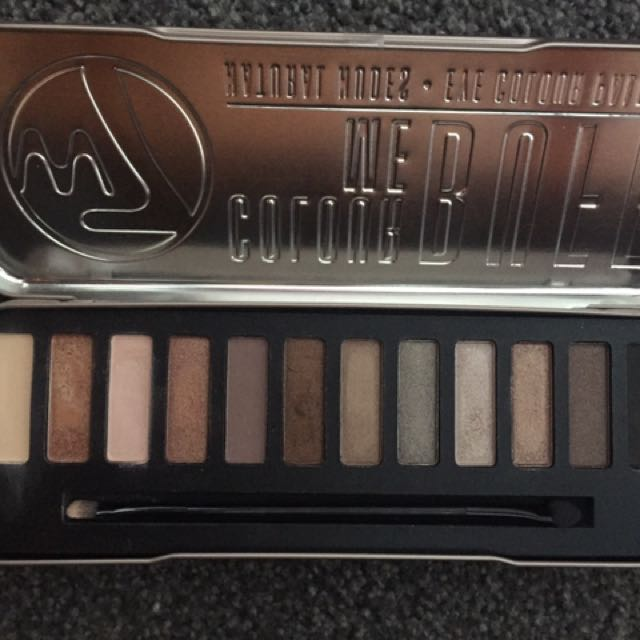 Colour Me Buff w7 Nude Eyeshadow Palette