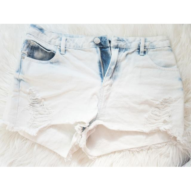 CottonOn: High Waisted Shorts