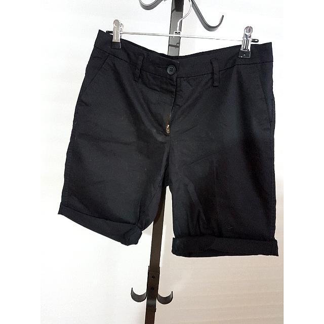 Country Road Black Shorts