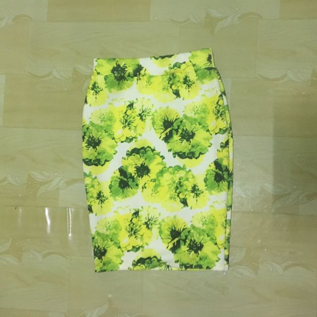 Floral Printed Bodycon/Pencil Skirt