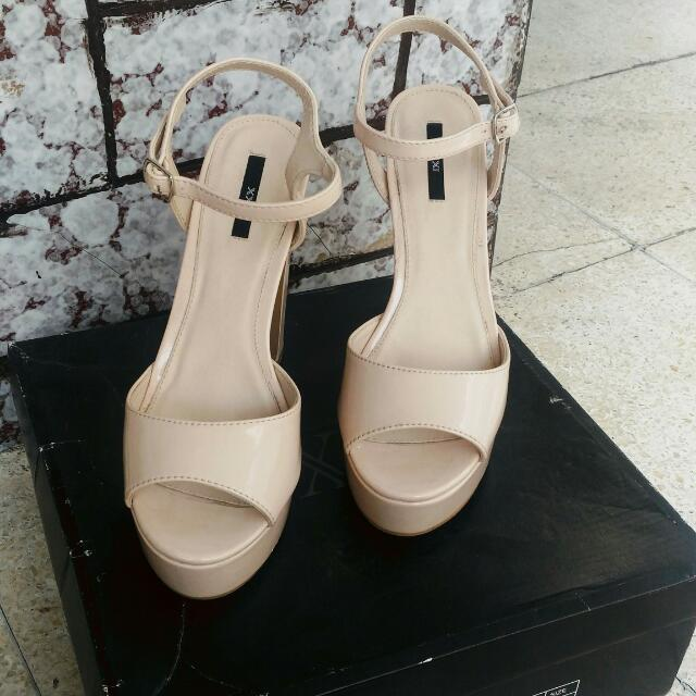 Forever 21 patent leather high heeled sandals.