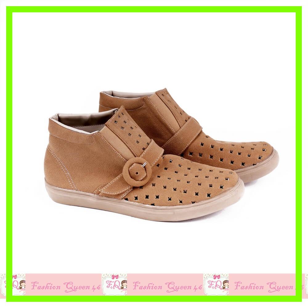 GARSH 0247 Sepatu Boot Wanita Cream boot CEWE SEPATU WANITA SEPATU K murah, Olshop Fashion on Carousell