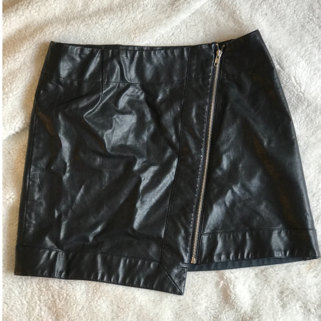 goldie leather zip front skirt - size 12
