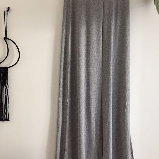 Grey Tight Fitting Skirt