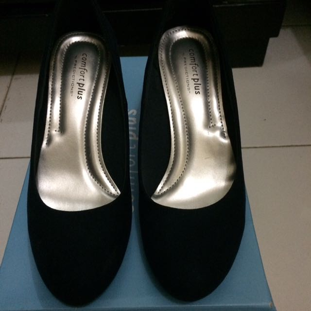 Heels By Prediction (payless)