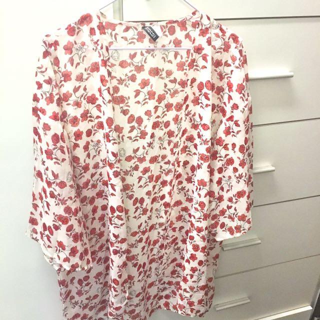 H&M夏日玫瑰罩衫