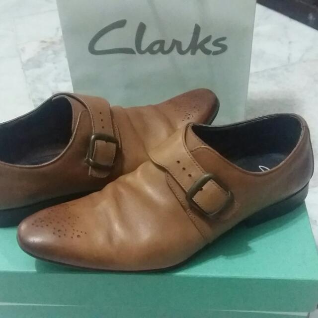 b0a277c6 Kasut Clarks Office Shoes
