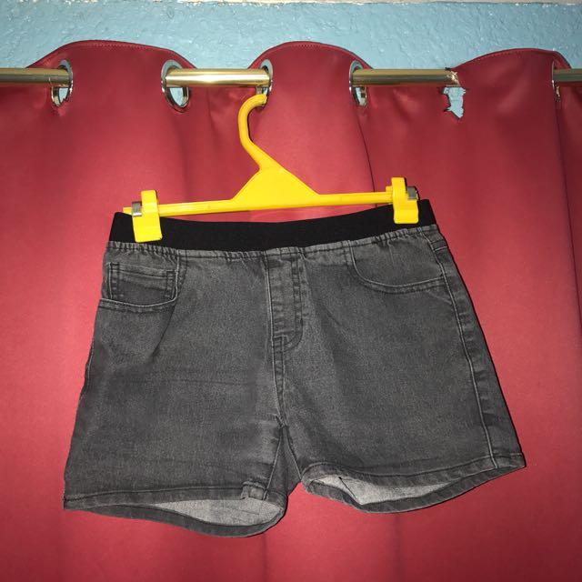 [korea] grey shorts (stretchable)