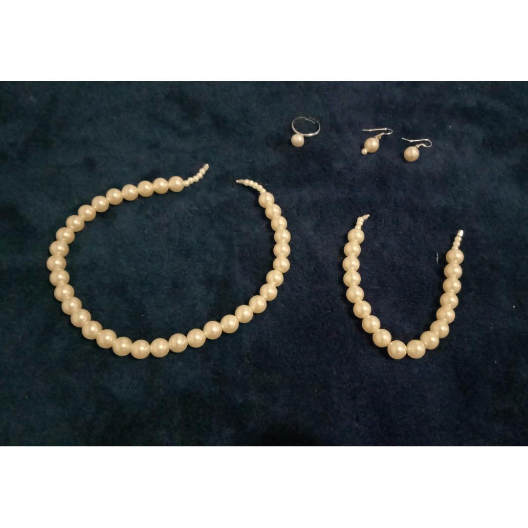 KOREAN Pearl Accessories