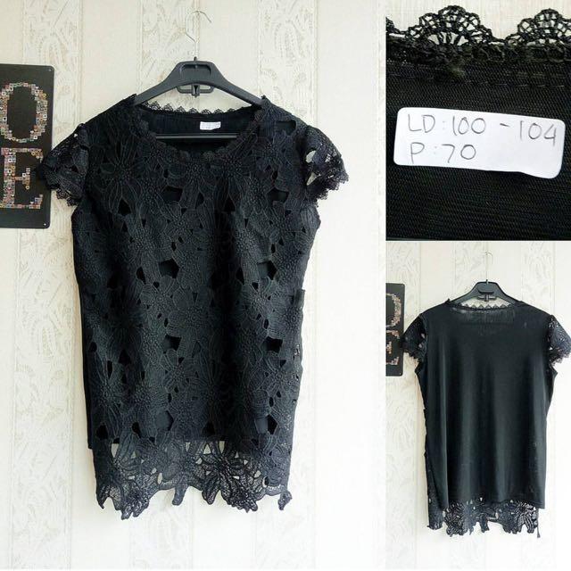 Lace Brokat Black
