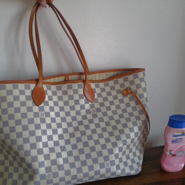 LV Louis vuitton GM Neverfull Azur (white And Grey Colour) **has Not Been Authenticated**