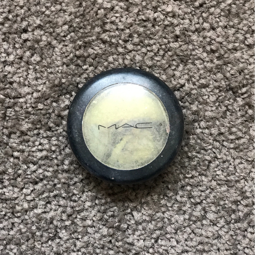 MAC eyeshadow duo