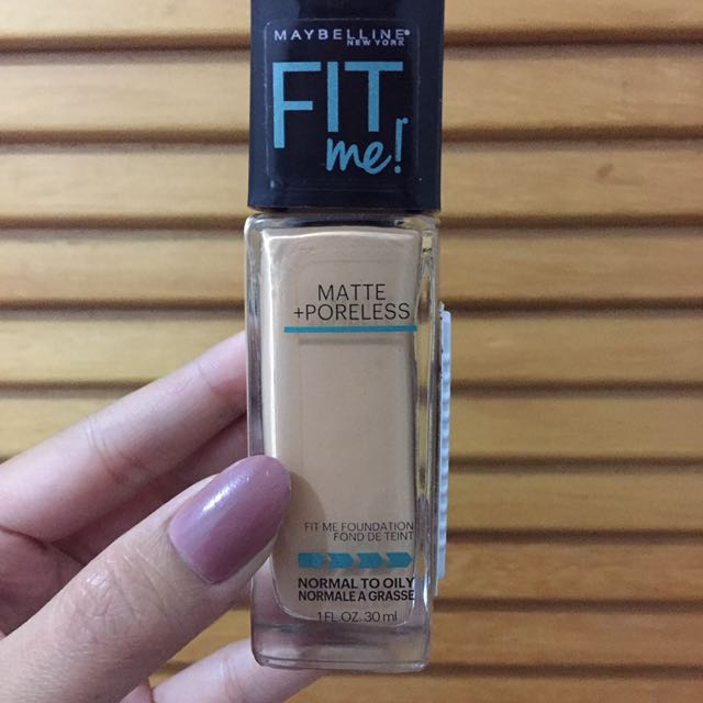 "Maybelline New York Fit Me Matte Poreless Liquid Foundation Shade 230 ""Natural buff Chamois Naturel"" Original Preloved"
