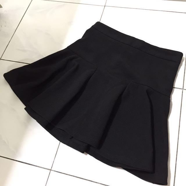 Montifs Black Skater Skirt