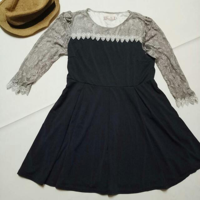NAVY BLUE DRESS WITH GRAY LACE SLEEVES