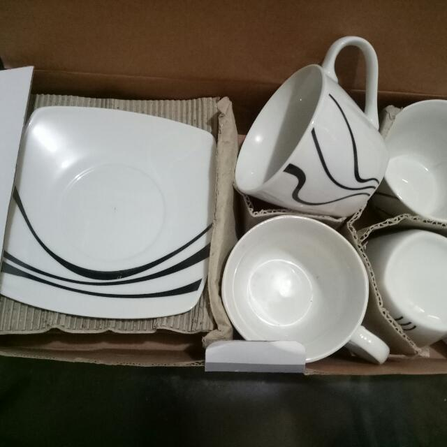 New Hosh Cups And Saucers