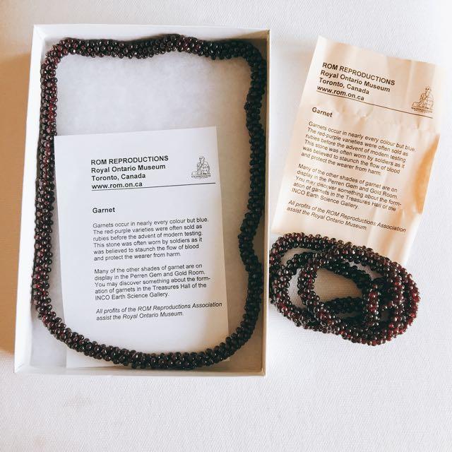 [New In Box] Royal Ontario Museum Garnet Necklaces