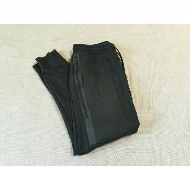 Nike Fleece 科技縮口棉褲  黑色