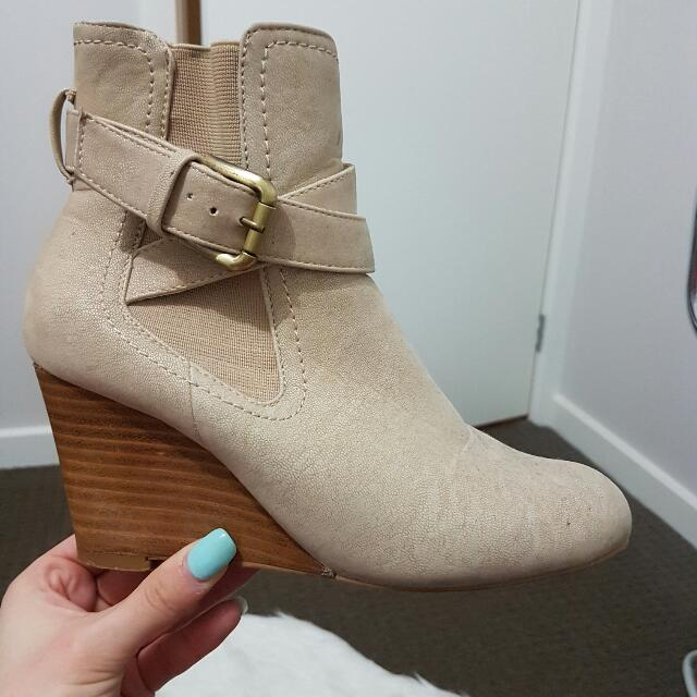 NOVO  Wedge Beige Boots -size 6