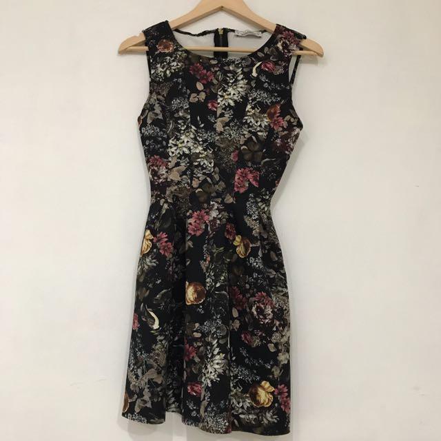 Pullnbear Flower Dress