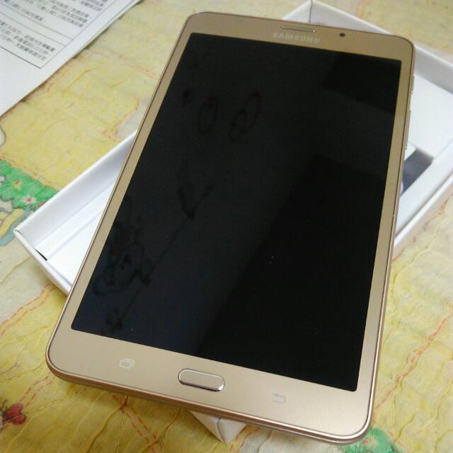 Samsung Galaxy Tab J (金)