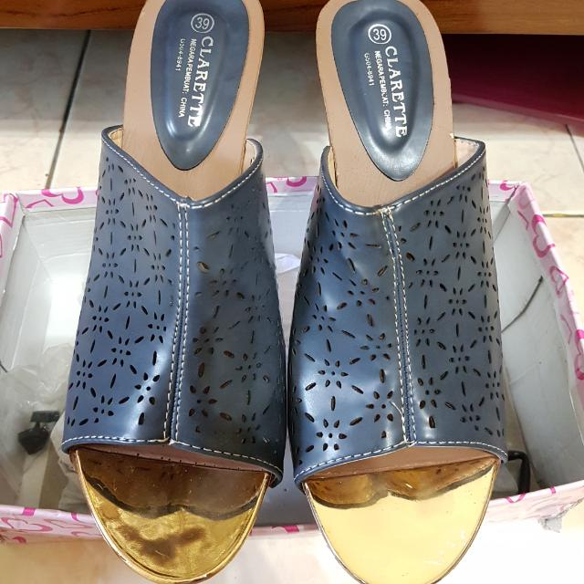 Sandal Wedges Size 39