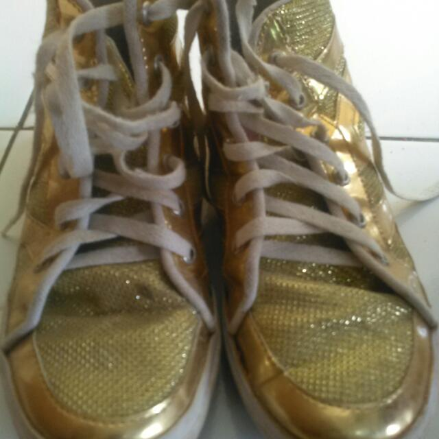 Sepatu Branded M2M Gold Series Size 37