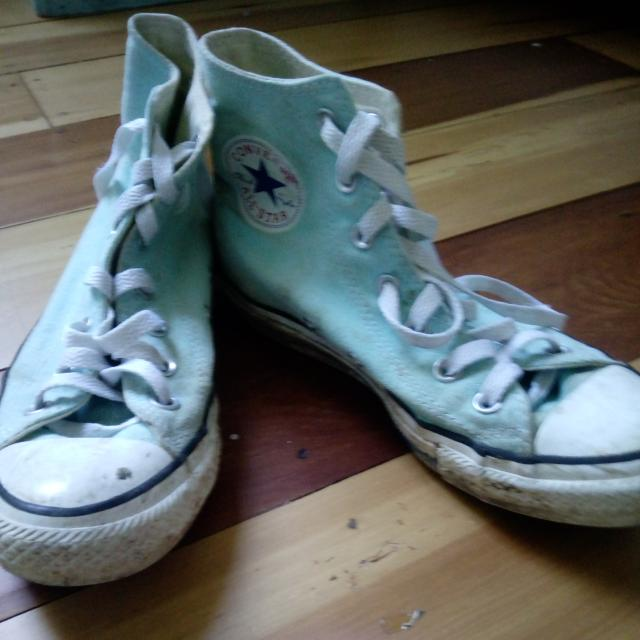 Size 5 Converse