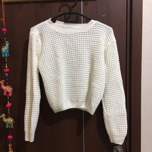 Crop Sweater Putih White Rajut
