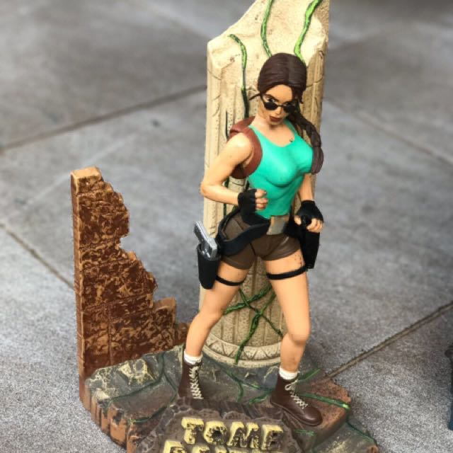 Tomb Raider Playmate Toys 1998 Loose