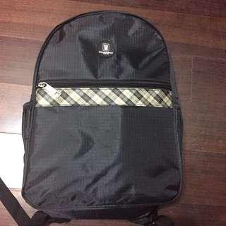 金安德森 黑色經典格紋旅遊背包