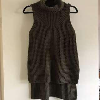 Knitted Sleeveless Jumper