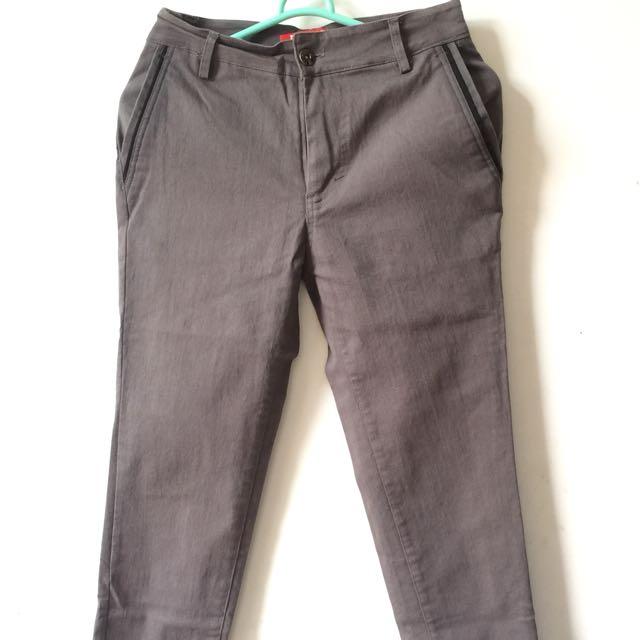 (100k Get 4 *) D'LIVE Pants*