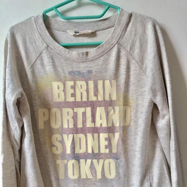 (100k Get 4 *) H&M Sweater