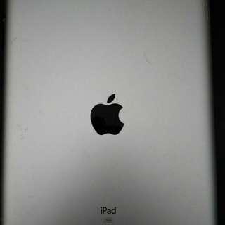 iPad ..Mulus Jarang Dipakai Karena Punya 2