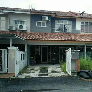Rumah 2 Tingkat,Bandar Saujana Putra
