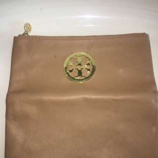 Tory Burch Nude Leather Purse With Gold Accent Replica