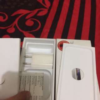 dus buku iphone 5G bonus housing dan kepala charger
