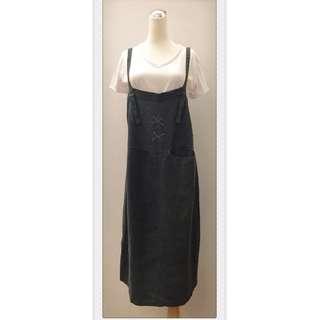 017S265 - 棉麻單口袋後開衩可調式吊帶裙