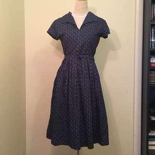 Elise Design - Poetry Vines Floral Tea Dress