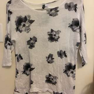 H&M 3/4 Sleeve Floral Top