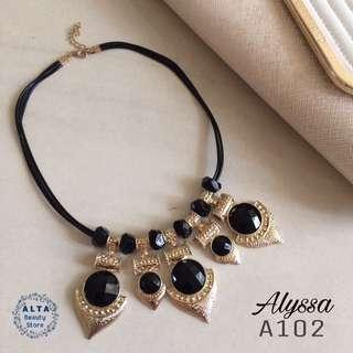 "Kalung Statement Necklace ""Alyssa"" A102"