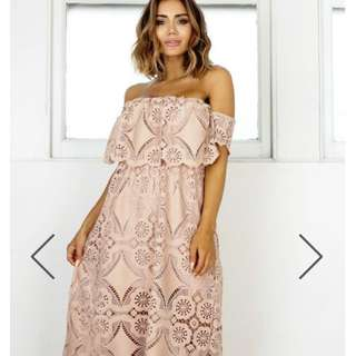 Show Po Off The Shoulder Dress Bnwt