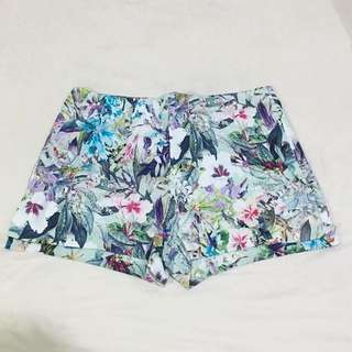 NEW Zara Floral Shorts