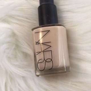Nars Sheer Glow In Shade 4
